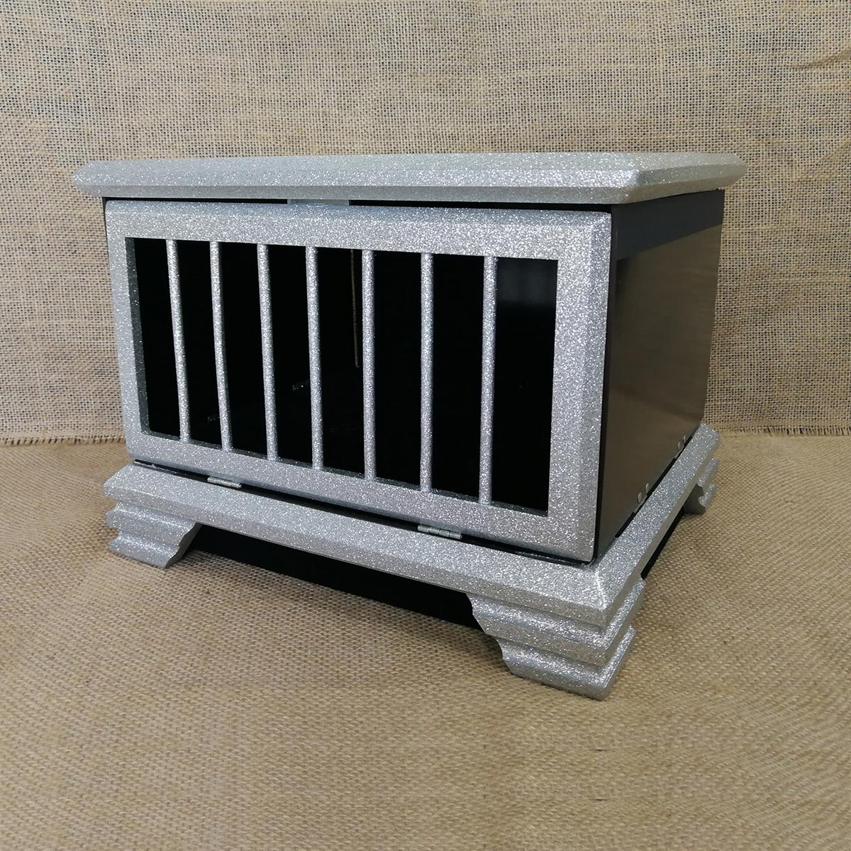 Automatic Doves into Rabbit Cage (0065G4)