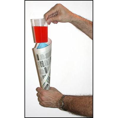 Veronica Glas / Comedy Glass in Paper Cone (3306)