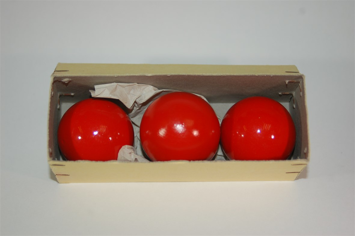 Multiplying Balls 40 mm Hout Rood