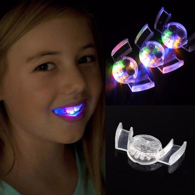 Glowing Mouth Gimmicks 2 stuks (4950)