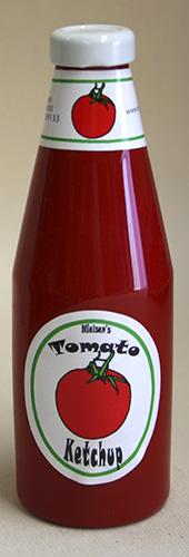 Verdwijnende Ketchup Fles Vol by Norm Nielssen (0636M7)