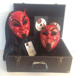 Flying Devil's Mask by Brevis Magic (4416)